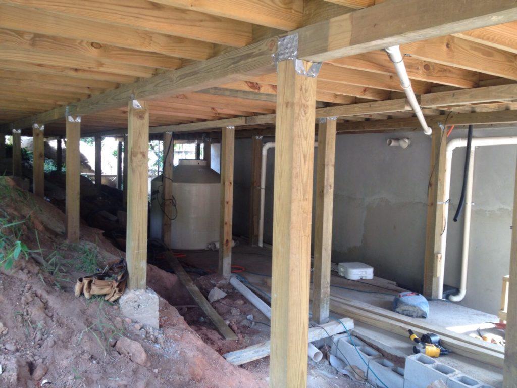 Casa apoiada 100% em estrutura de madeira