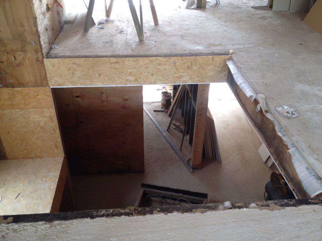 Exemplo de laje com camada fina de concreto para evitar barulho no piso